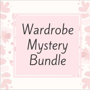 ✨MYSTERY BUNDLE✨4 Current Styles